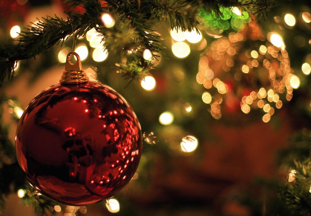 christmas-tree-balls-88252-o.jpg (1024×712)